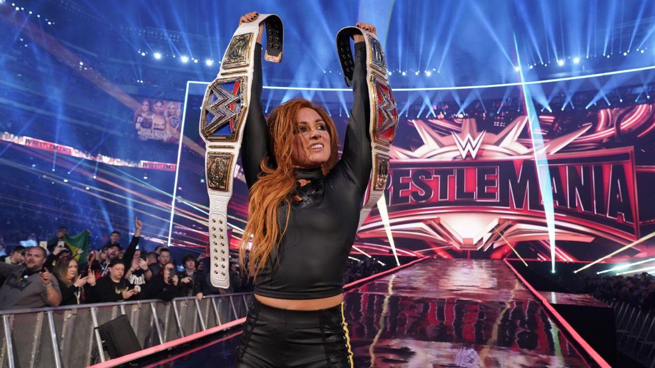 2017 TOPPS WWE Women/'s Division garpy CARD # r-24 stephanie MCmahon