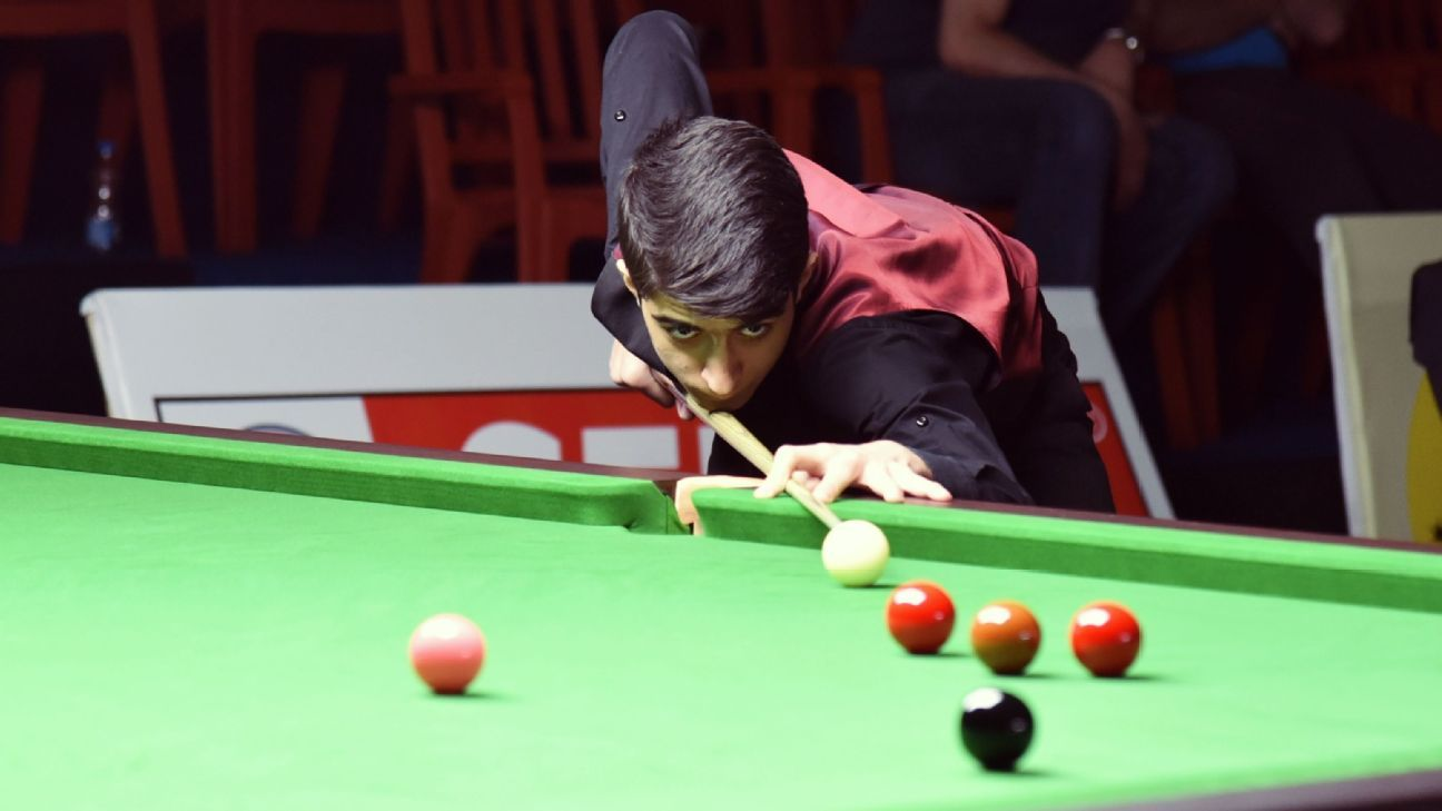 Through snooker, Syrian teen looks at life after war