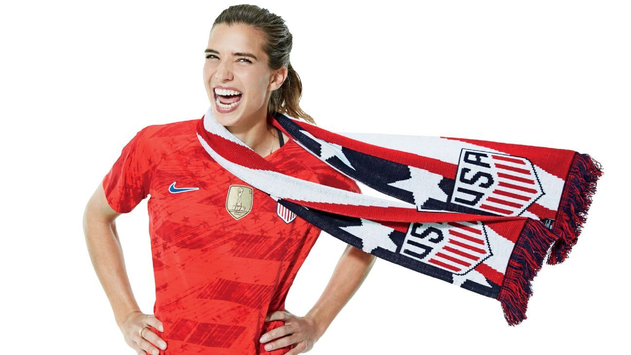 ee39b4e43e Don't blink... USWNT star Tobin Heath would nutmeg you in a hot second