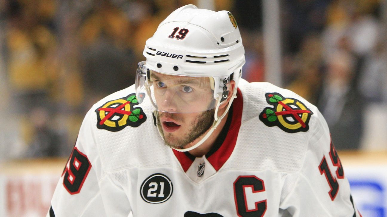 Blackhawks' Toews out indefinitely with illness
