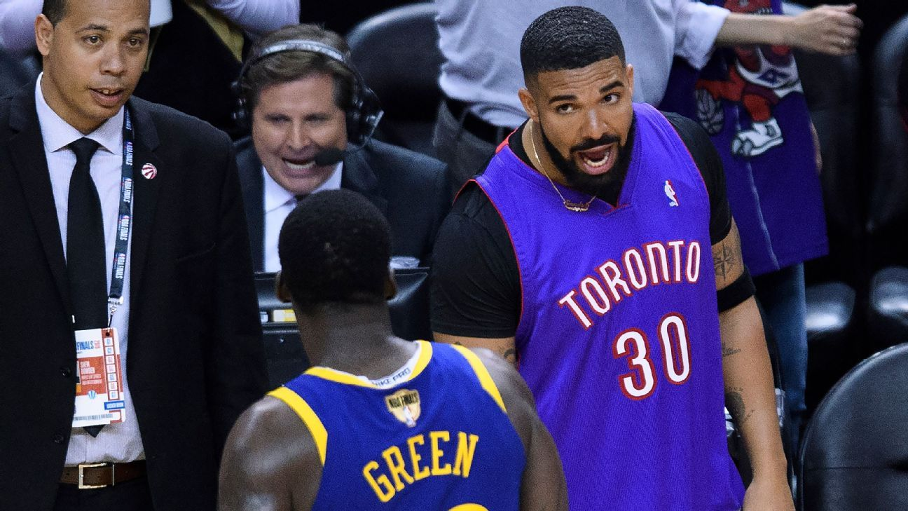 1c41811c06d Drake, Dubs' Green exchange words after game