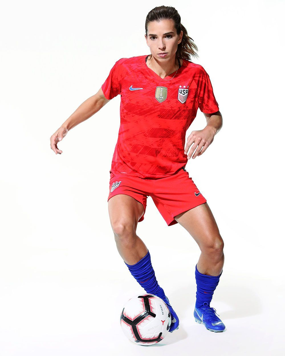Don't blink... USWNT star Tobin Heath would nutmeg you in a hot second