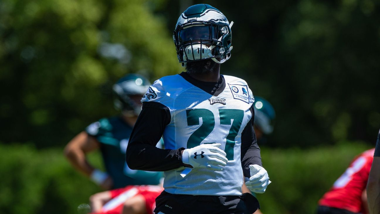 Eagles' Jenkins wants new contract at market rate