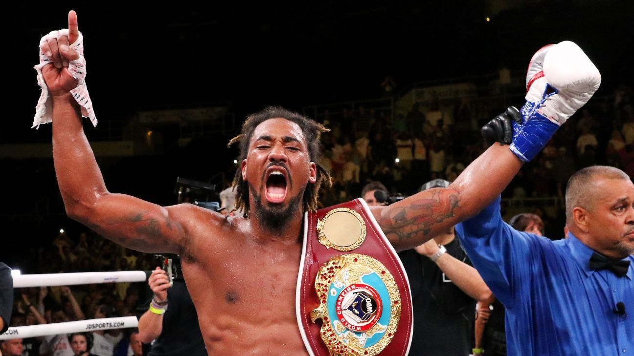 Middleweight world titlist Demetrius Andrade signs four-fight extension with Matchroom Boxing