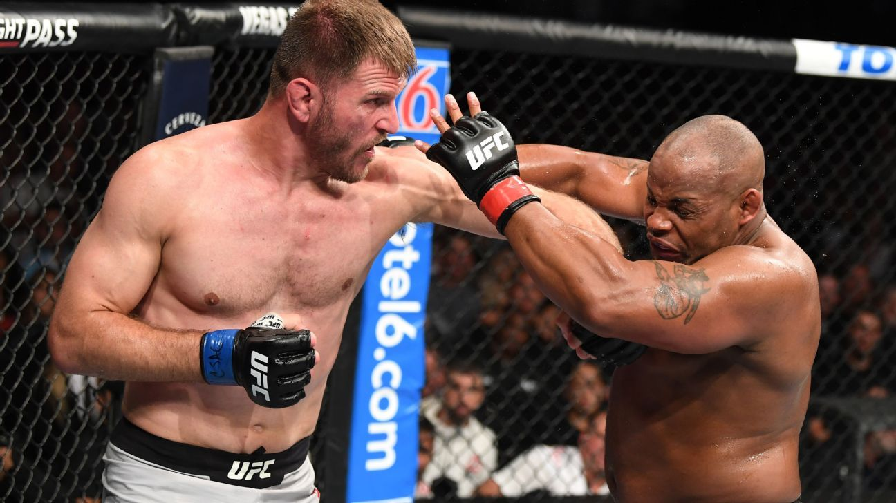 Jon Jones leads Twitter reaction to Miocic's win over Cormier