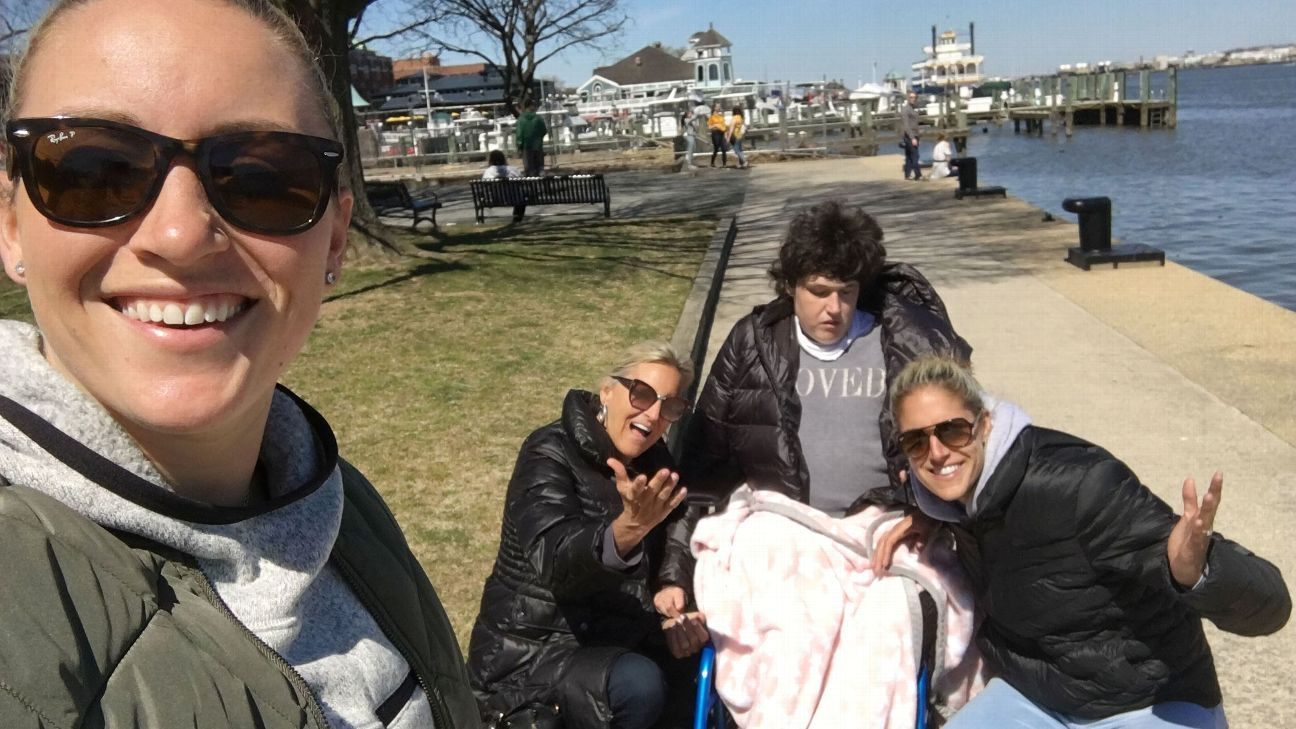 Family comes first for Delle Donne, even during WNBA championship run