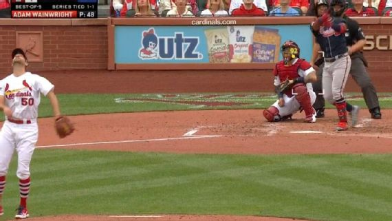La 'bola muerta' engaña a jugadores, fans y camarógrafos en MLB I?img=%2Fphoto%2F2019%2F1016%2Fr613491_1296x729_16%2D9