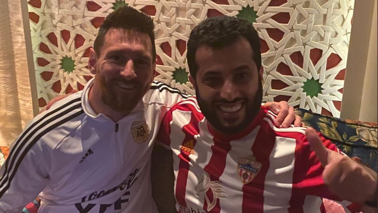Barcelona transfer alert! Lionel Messi spends weekend hanging out with Almeria's Saudi owner