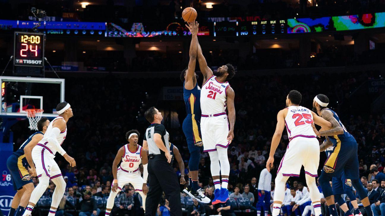 Pelicans' Derrick Favors returns to action after grieving mother's death