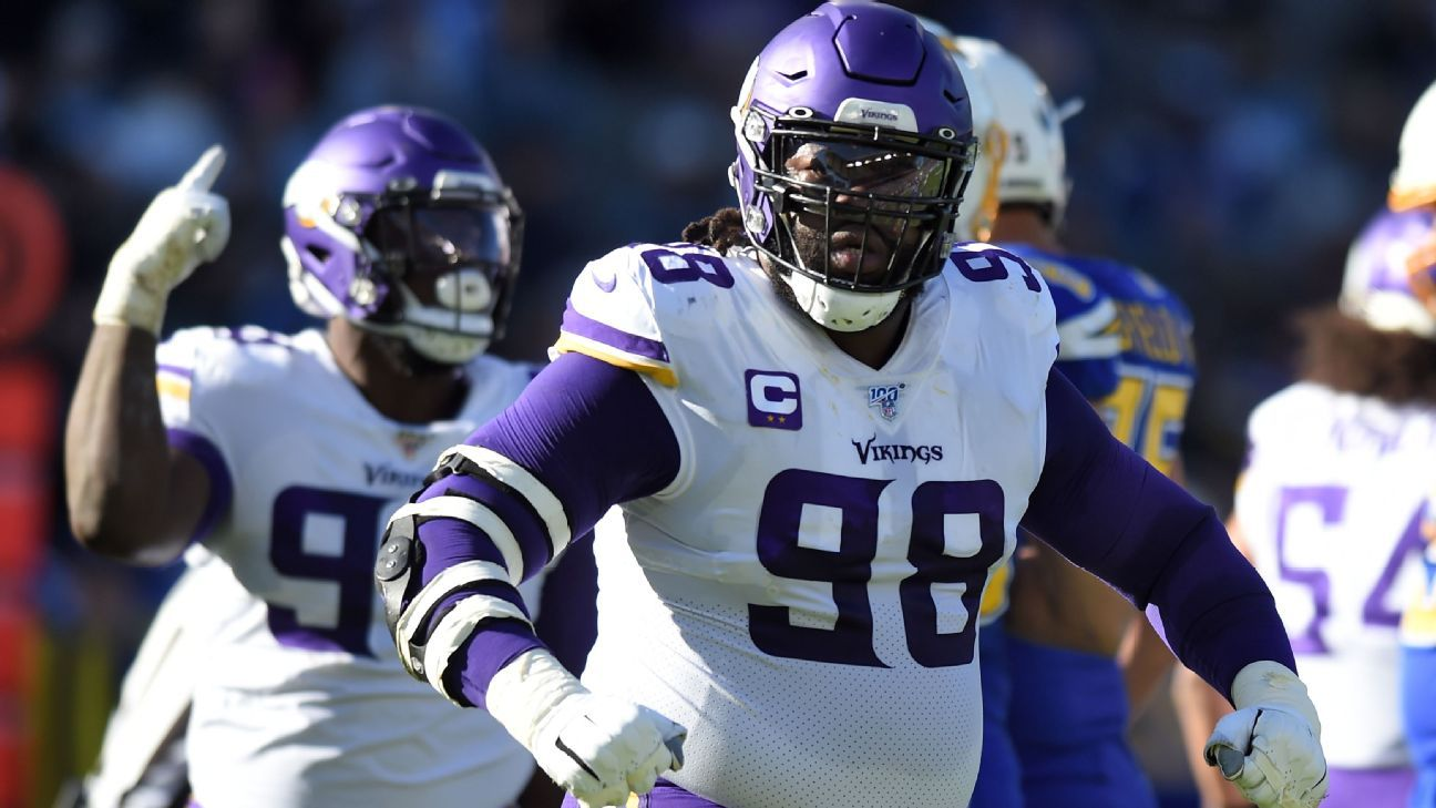 Vikings' defense finally exerts itself heading into playoff position
