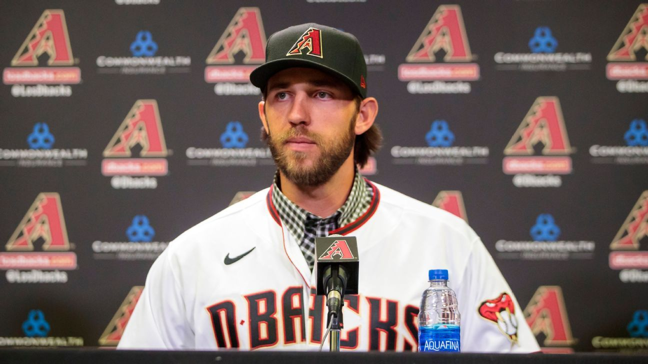 D-backs' Bumgarner roping in rodeos incognito
