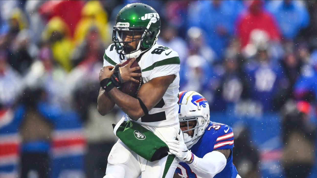 Jets' Crowder (hamstring) ruled out vs. 49ers