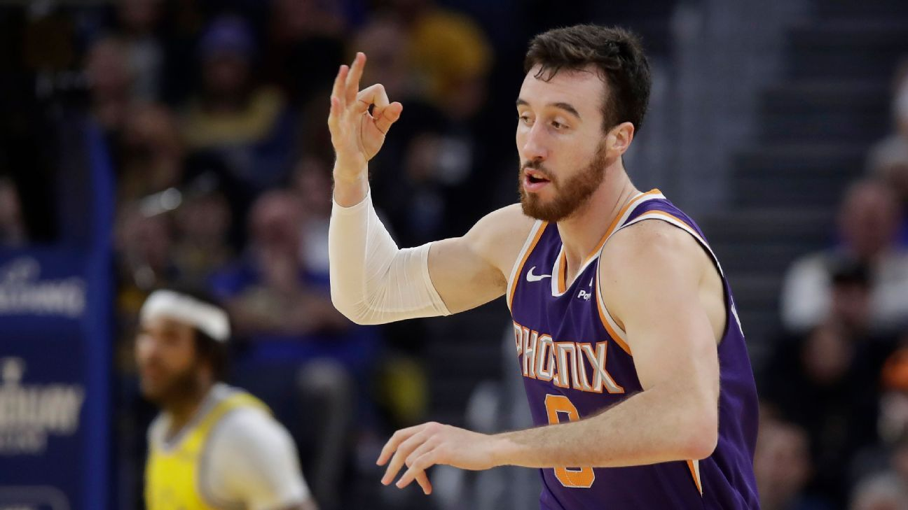 Kaminsky agrees to one-year deal with Kings
