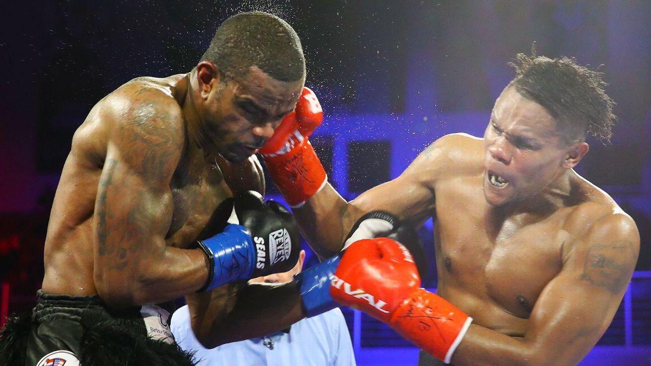 Light heavyweight Eleider Alvarez KO's Michael Seals