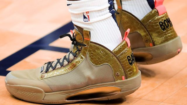 Which player had the best sneakers in the NBA during Week 14?