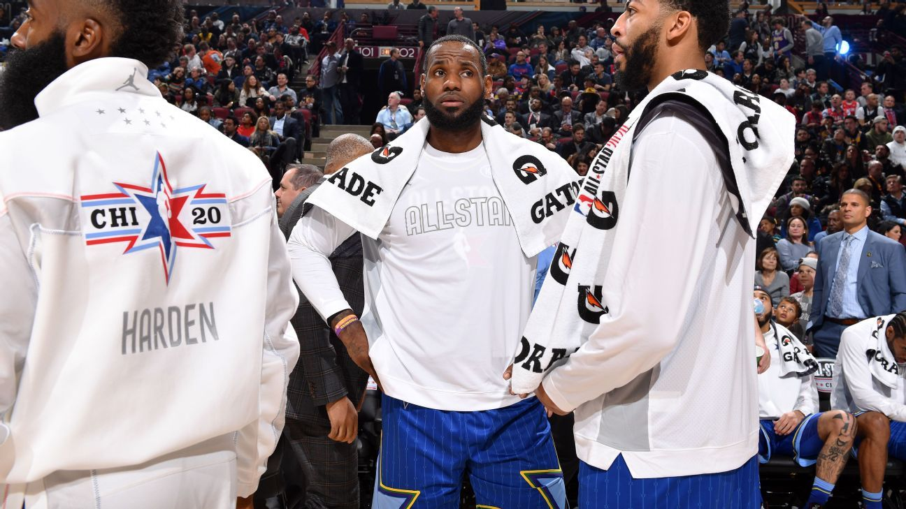 LeBron calls out Manfred: 'Listen to your players'