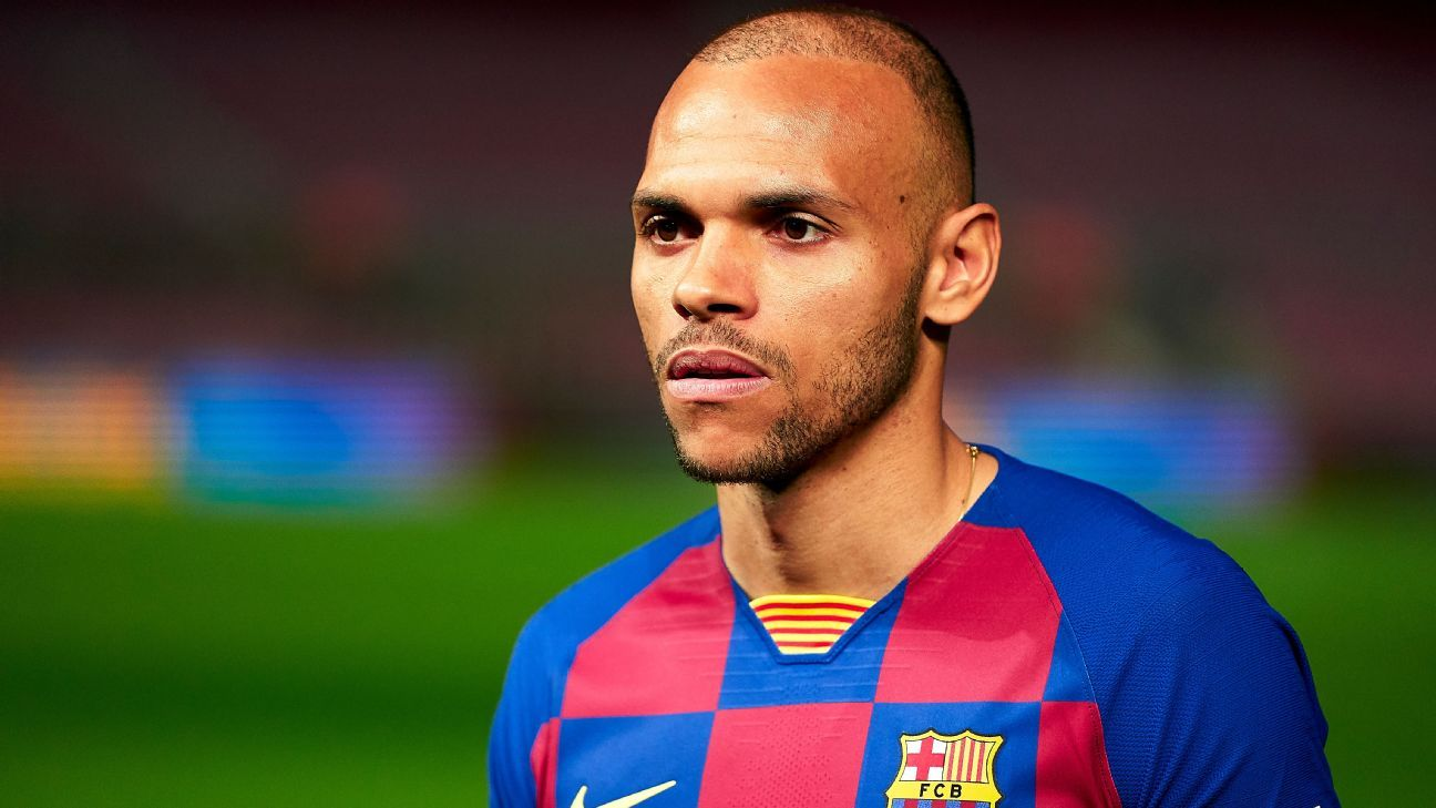 Barcelona complete surprise Braithwaite move