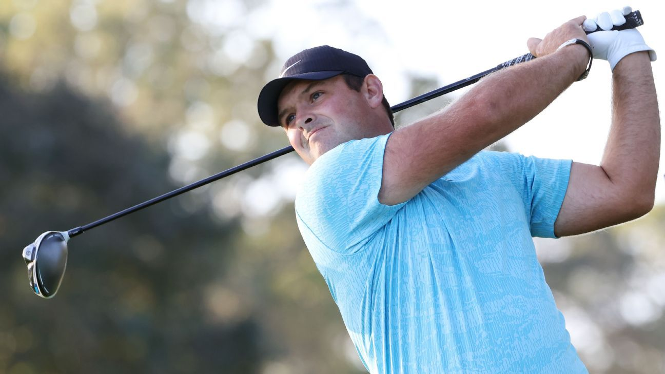 Reed leads DeChambeau by 1 shot at U.S. Open