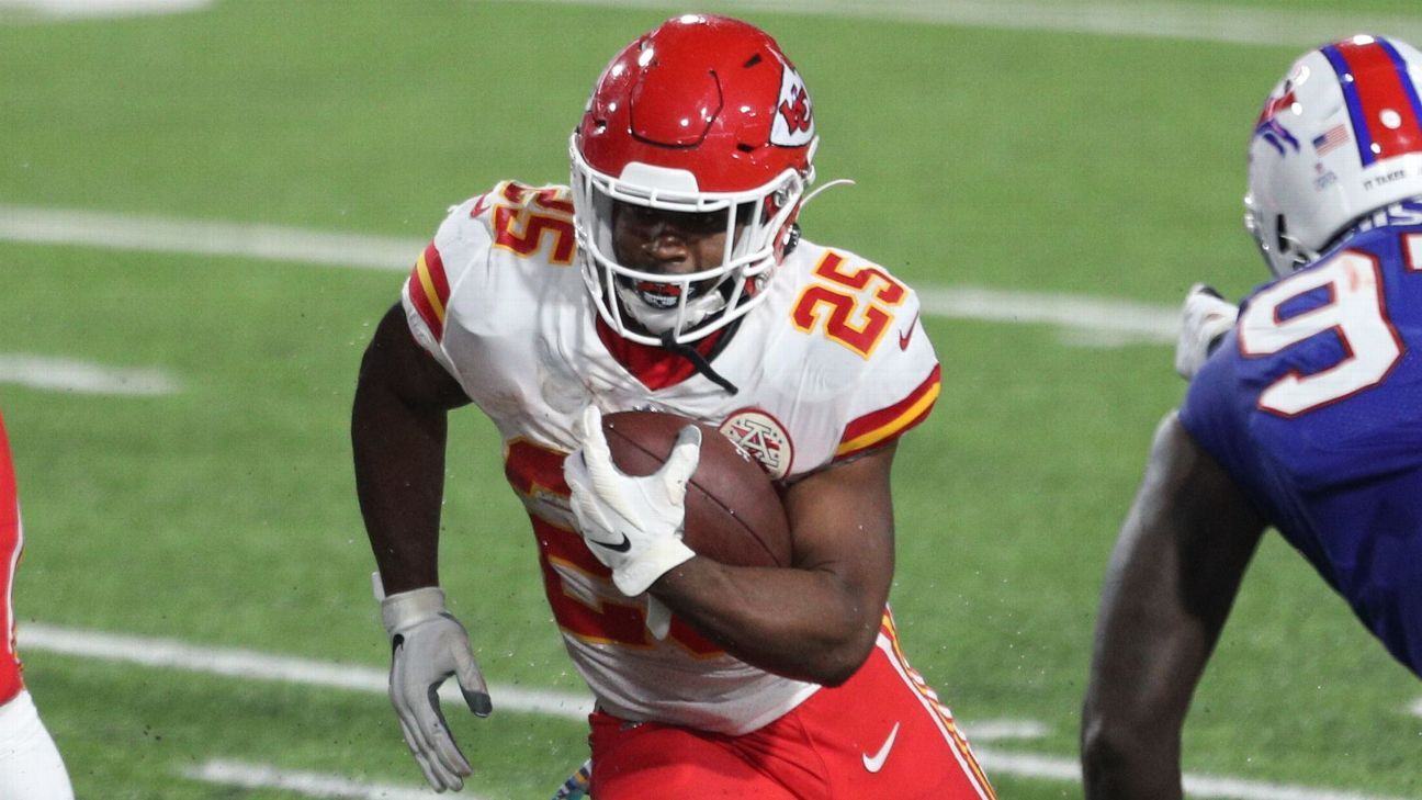 Kansas City Chiefs turn to ground game in win, RB Clyde Edwards-Helaire rushes for 161 vs. Buffalo Bills - ESPN