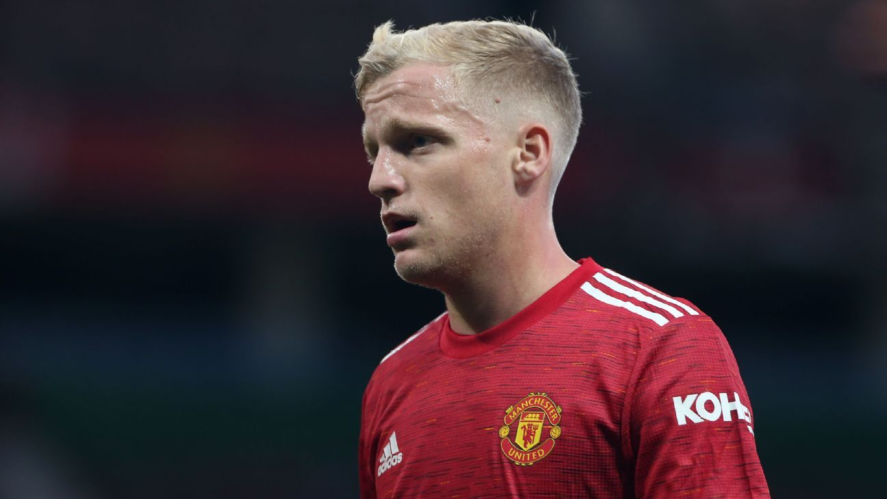 Van de Beek wrong to join Man Utd - Van Basten