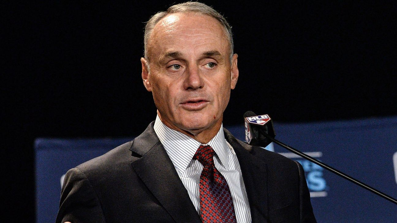 Braves' tomahawk chop gesture a matter for Atlanta's Native American community, commissioner Rob Manfred says