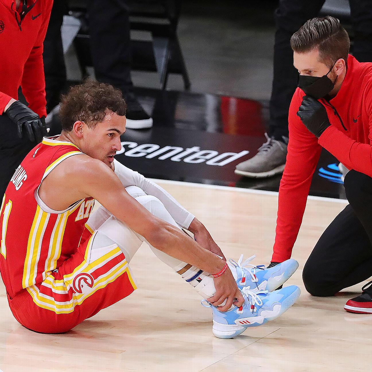 Hawks' Young listed as questionable for Game 4 thumbnail