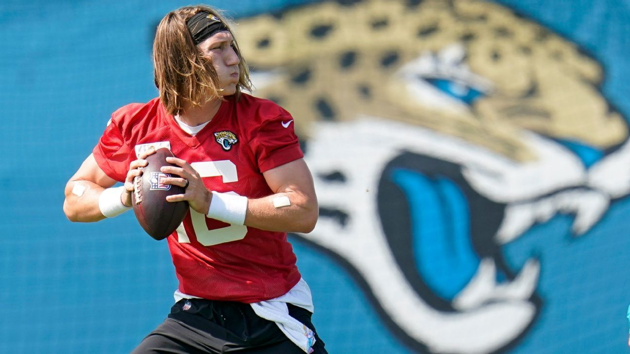 NFL training camp updates: Trevor Lawrence struggles, Bucs watch Olympics, fans attend practices and more - ESPN