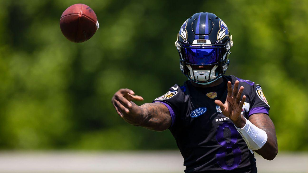 Baltimore Ravens QB Lamar Jackson participates in his first full-team practice of training camp