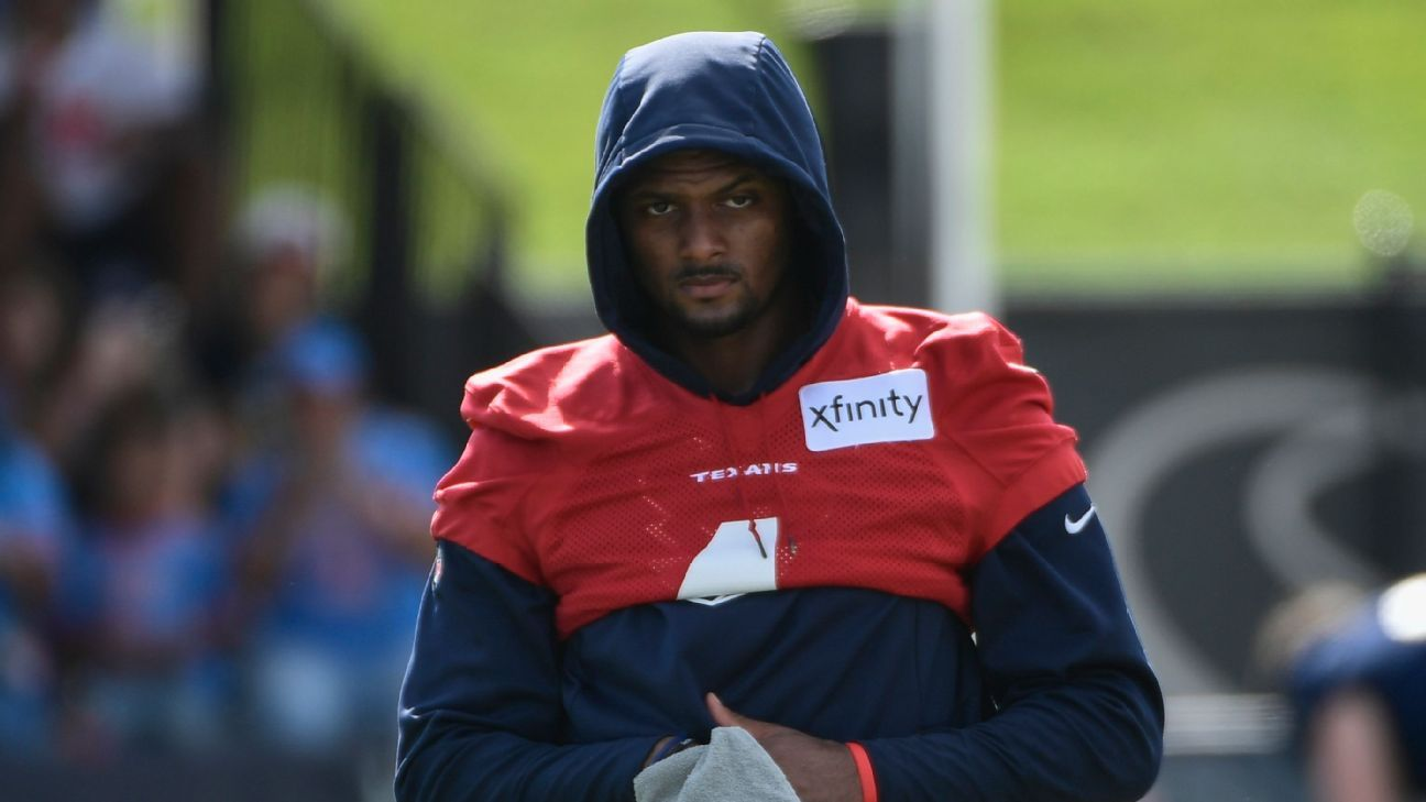 Carolina Panthers not pursuing Deshaun Watson deal ahead of trade deadline, source confirms
