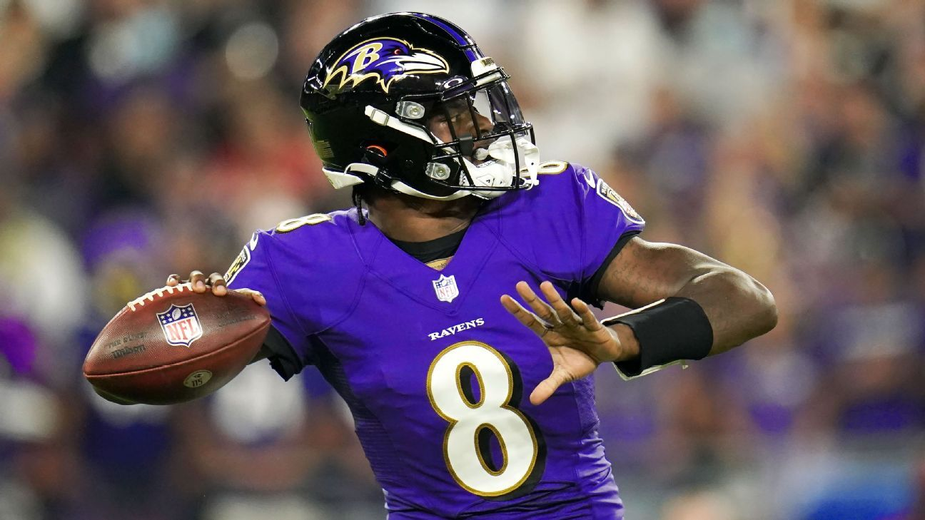 Ravens get on the board with funky TD against Chiefs thumbnail