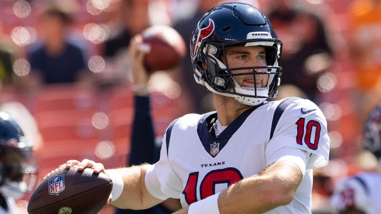 Houston Texans to start rookie Davis Mills at QB on Thursday with Tyrod Taylor out