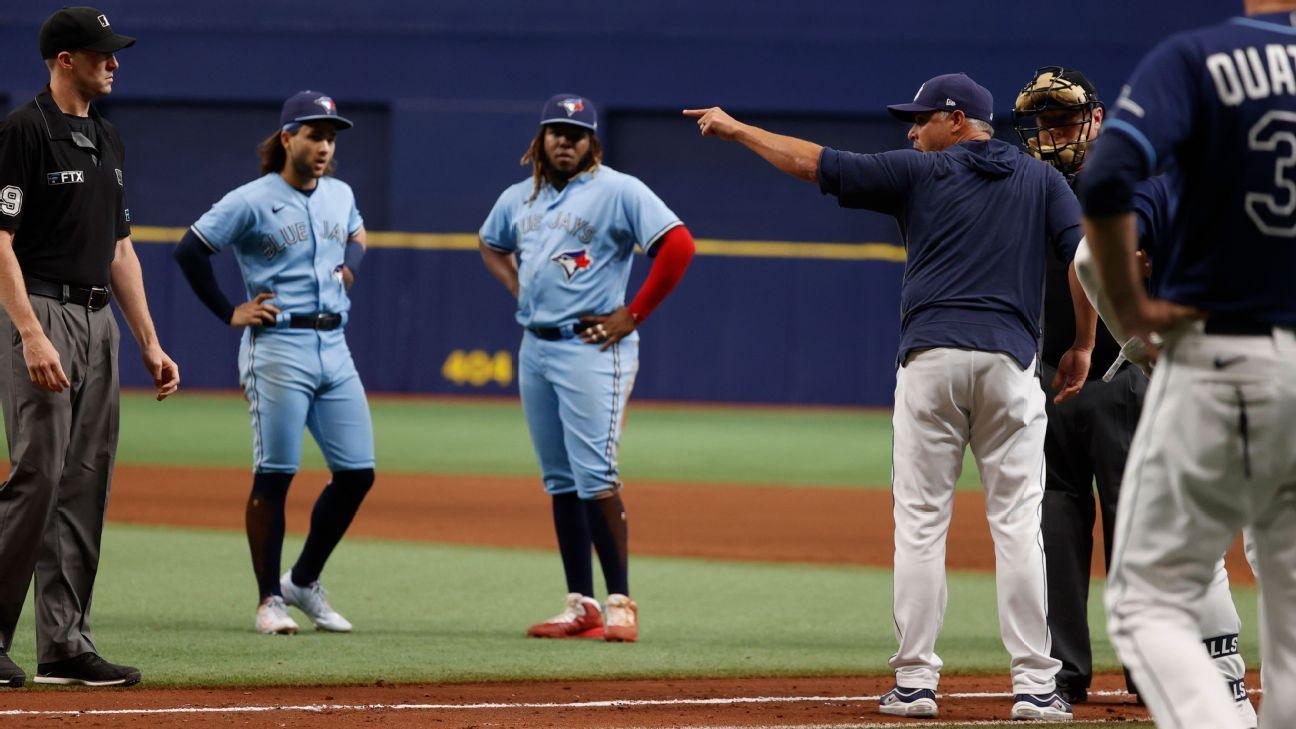 Toronto Blue Jays plunk Tampa Bay Rays CF Kevin Kiermaier in wake of scouting-card drama