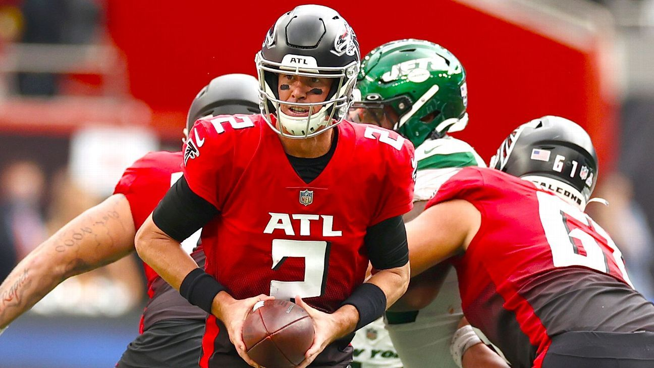 Ties between Falcons' Ryan, Dolphins' Flores stretch to Boston College days