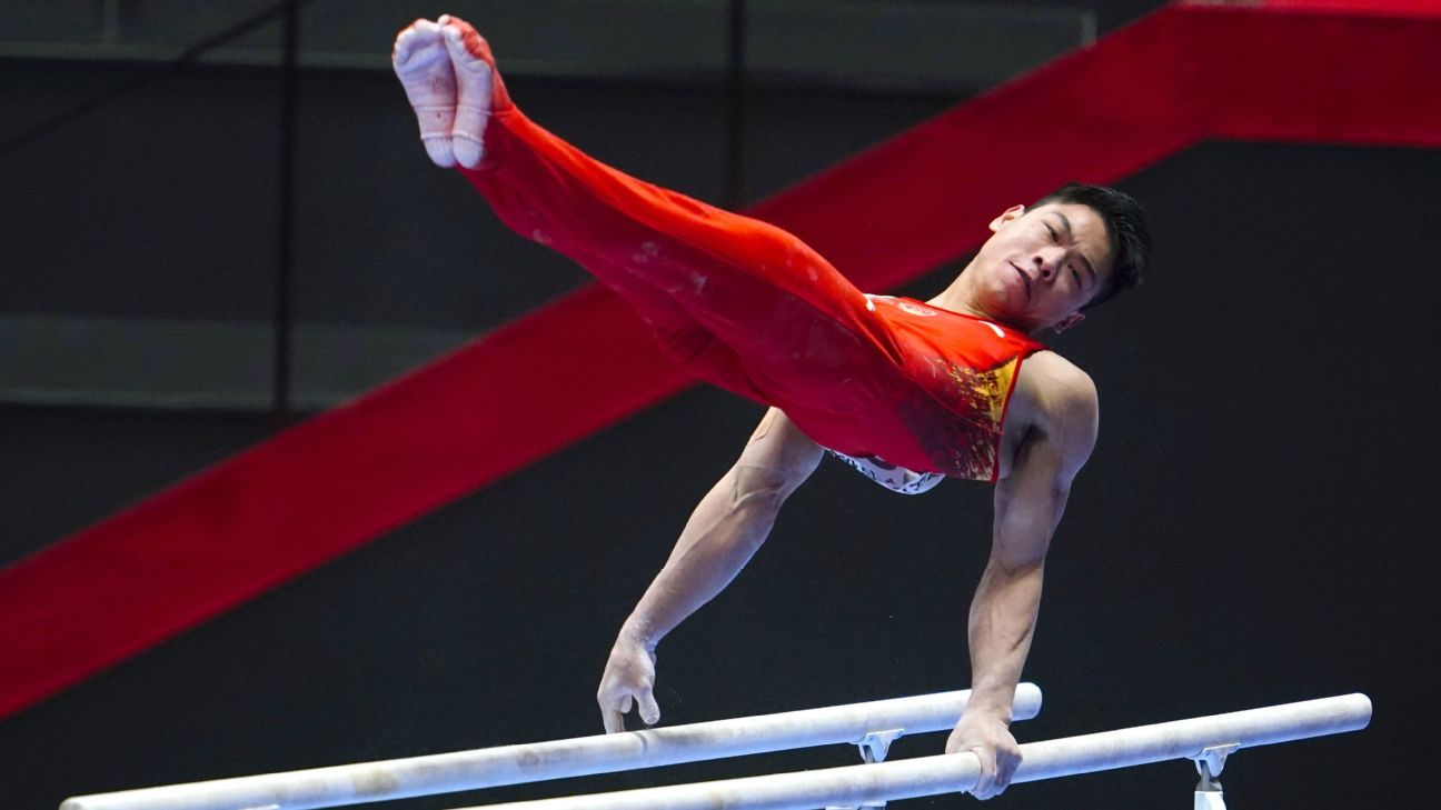Hu Xuwei wins horizontal bar, Kohei Uchimura shines at gymnastics world championships
