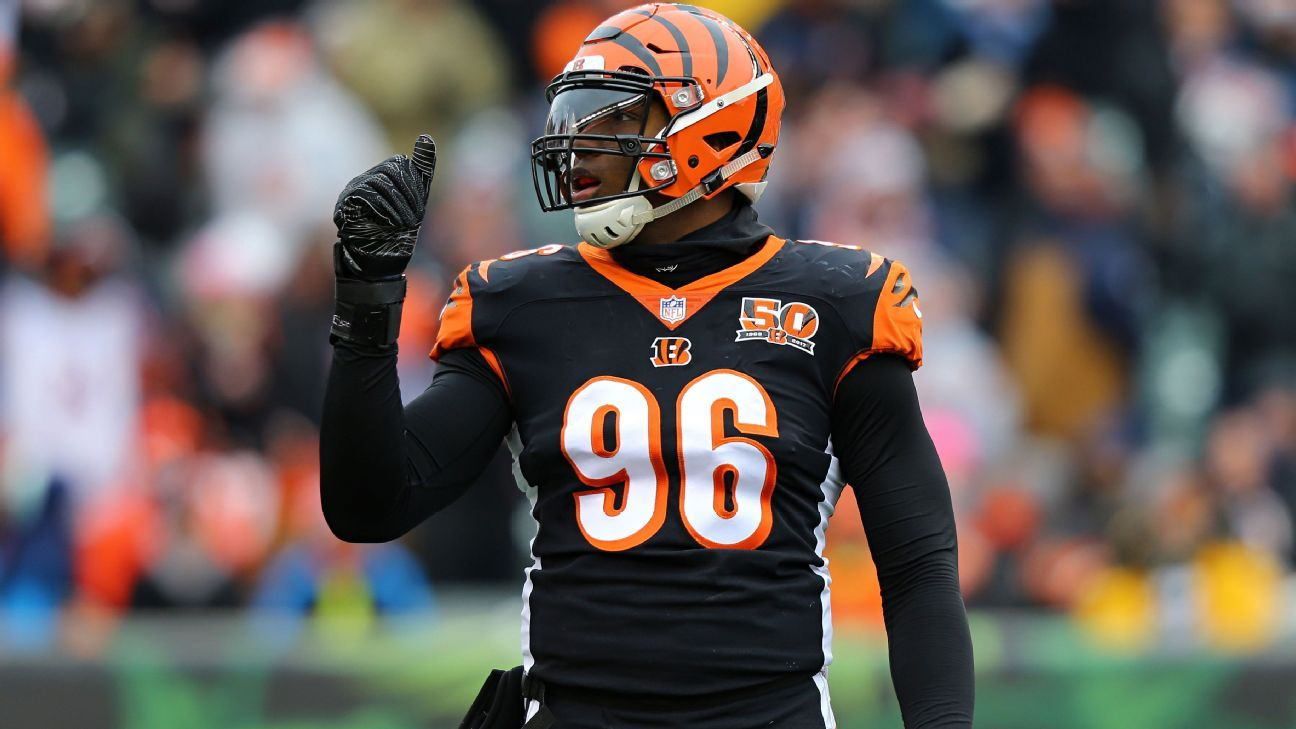 Cincinnati Bengals trade Carlos Dunlap to Seattle Seahawks