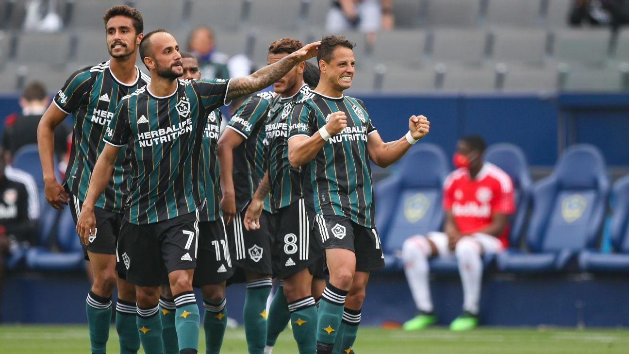 MLS Power Rankings: Chicharito takes LA Galaxy to No. 1 in Week 2