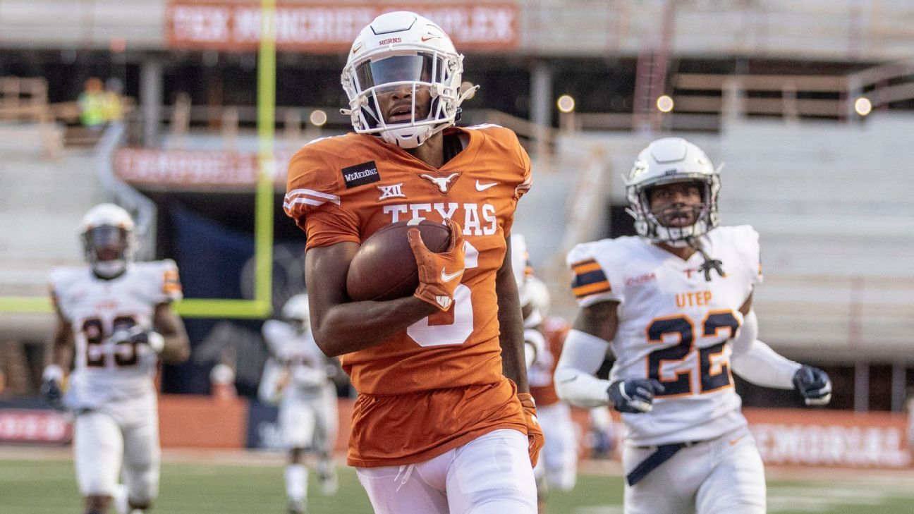 Texas' top tackler Mitchell transfers to Tennessee