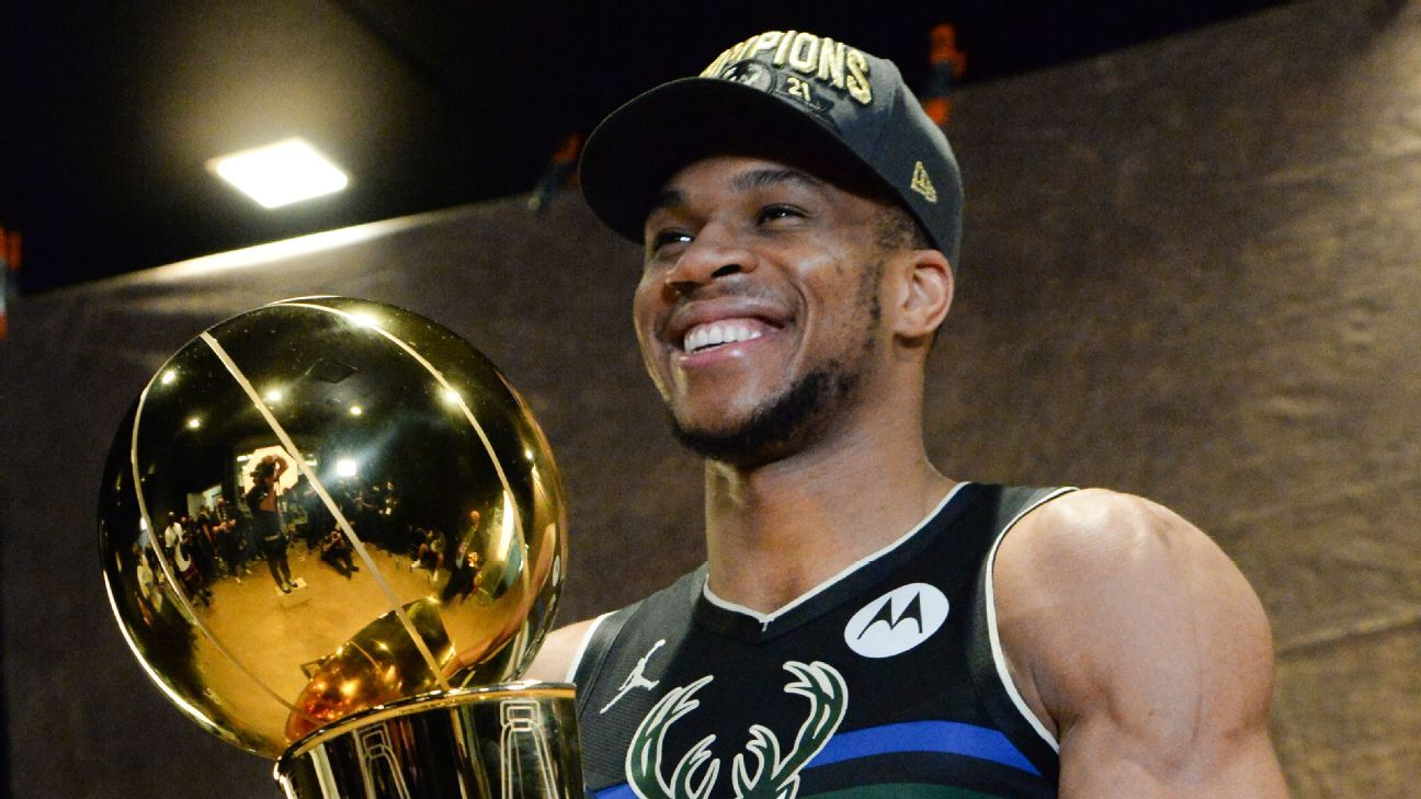 Giannis Antetokounmpo in Greece as mother, brother granted citizenship