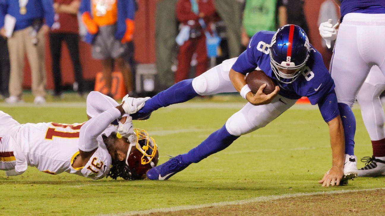 <div>New York Giants' Daniel Jones, Washington's Terry McLaurin trade TDs in NFC East battle</div>