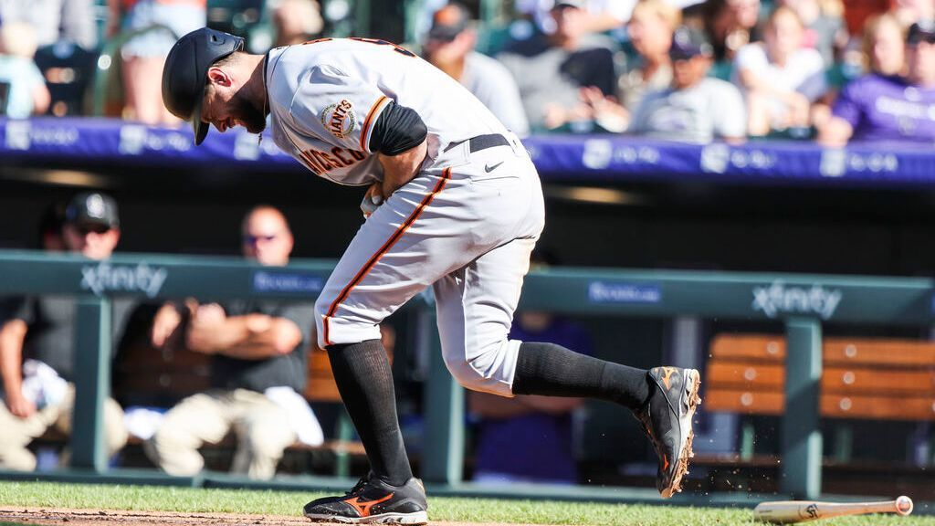 Giants' Belt lands on IL with fractured left thumb