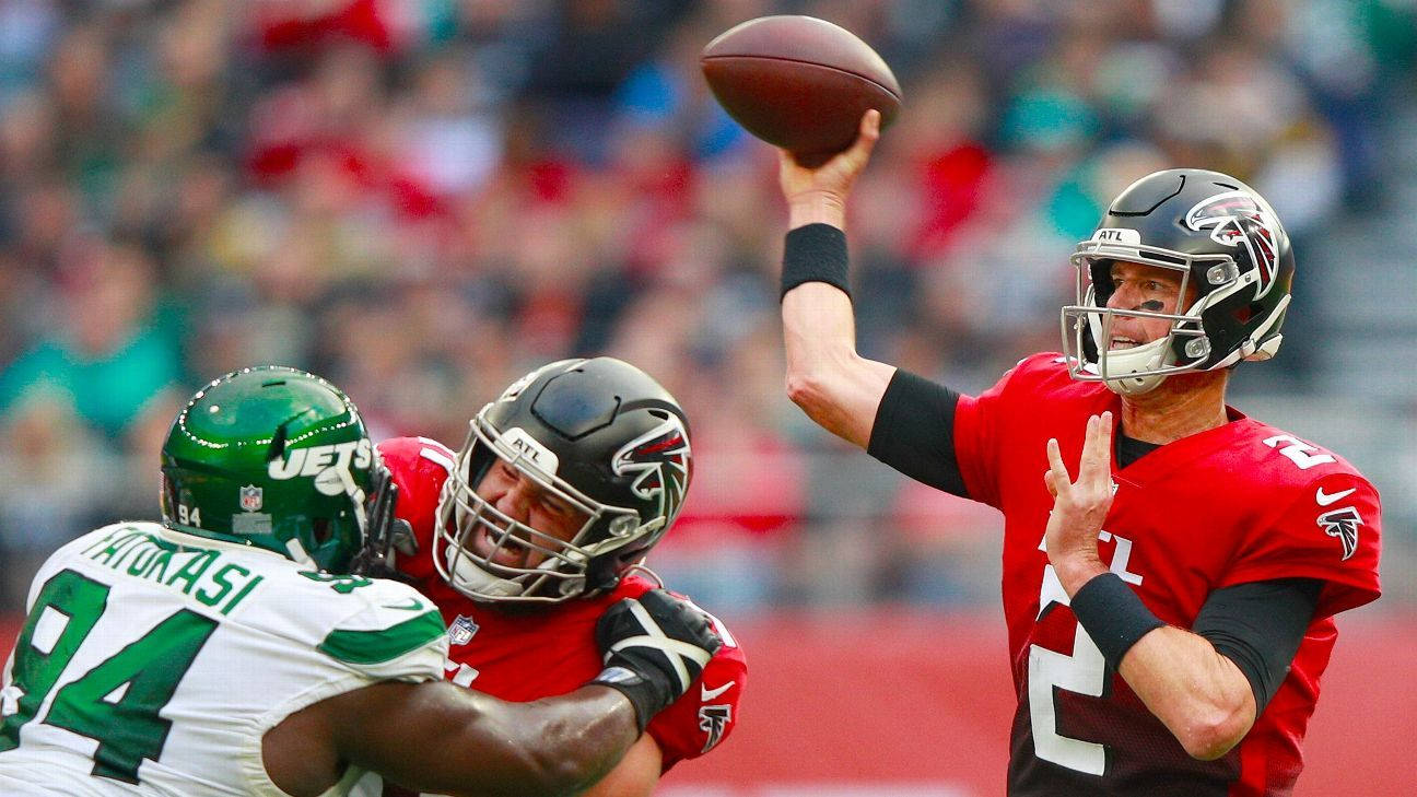 <div>Falcons' Matt Ryan becomes seventh QB in history to reach 5,000 completions on this play</div>