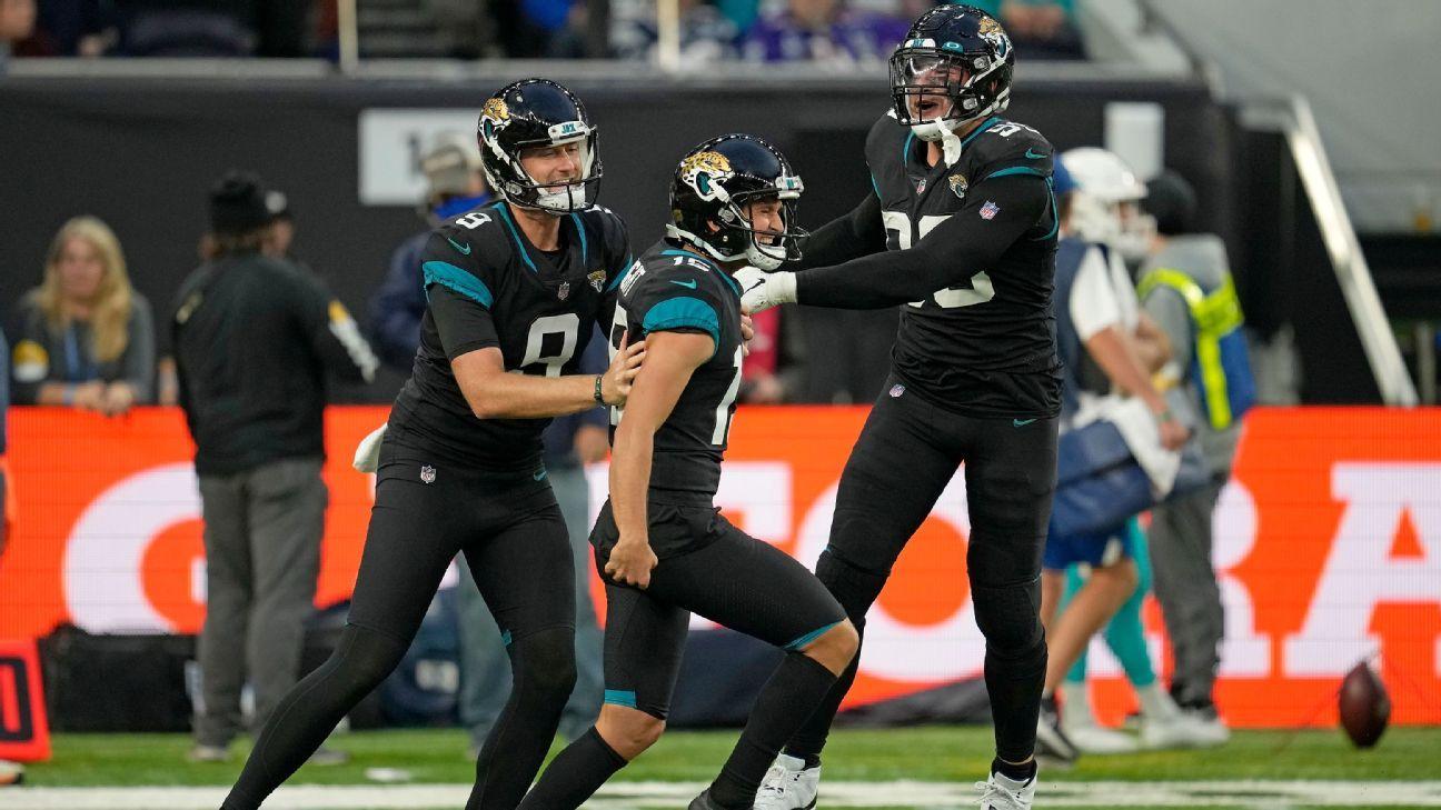 <div>Jaguars throw 'slider' to help end 20-game skid</div>